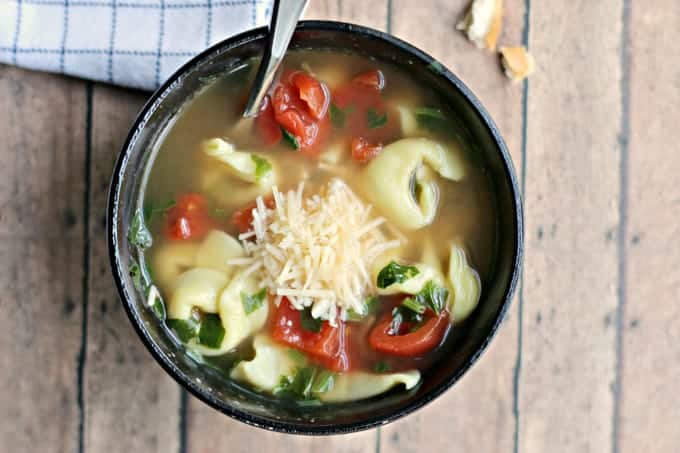 Weight Watcher's Healthy spinach tortellini soup
