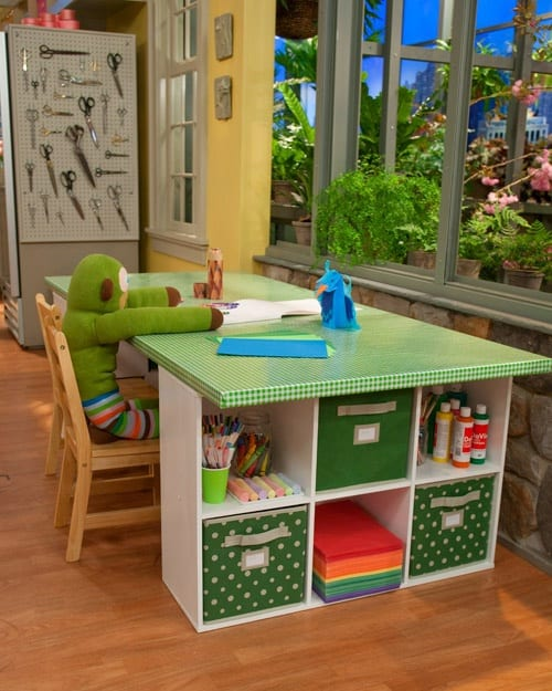 Organizing kids room table