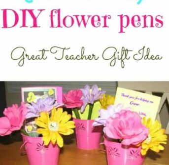 TEACHER gift idea- this is so adorable! Make a 'bouquet' with PENS!! (flower pens)