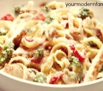fettuccine Alfredo with sun-dried tomatoes