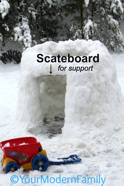 How to build an igloo (full directions & pictures) - using a skateboard for support