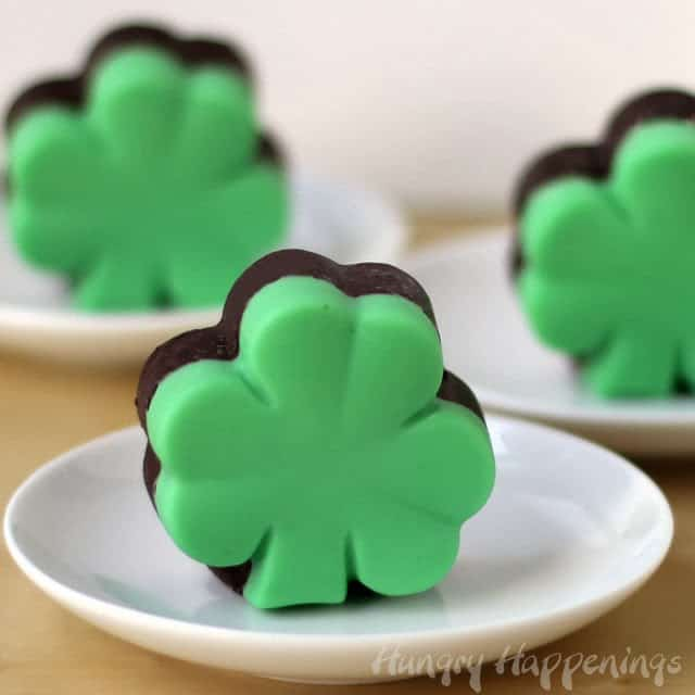 chocolate-creme-de-menthe-fudge-shamrocks-