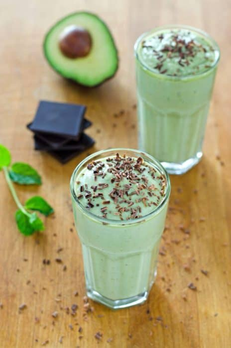 healthy-shamrock-shake-recipe-735x1110