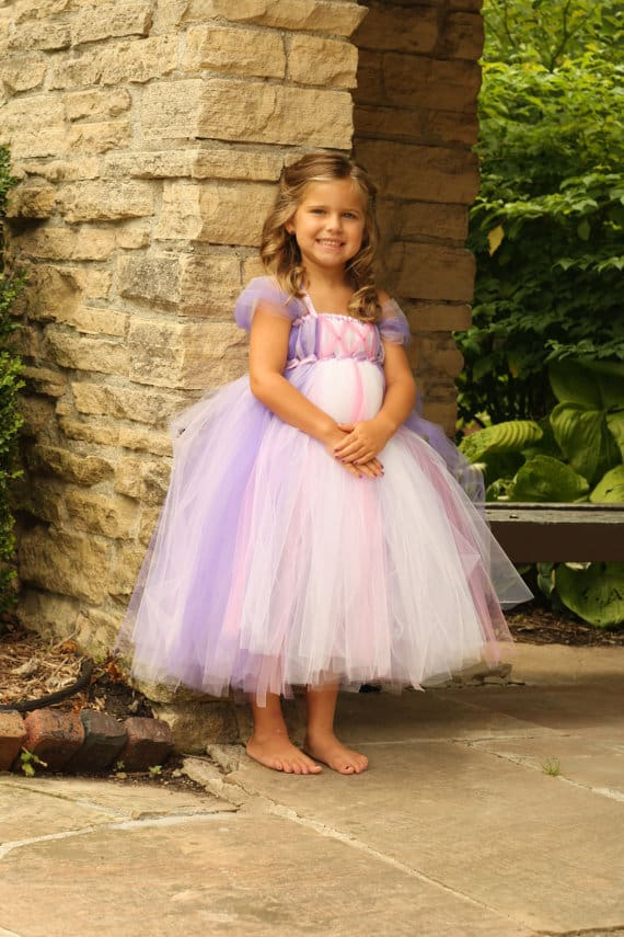 No Sew TuTu costumes for little girls - rapunzel TANGLED costume