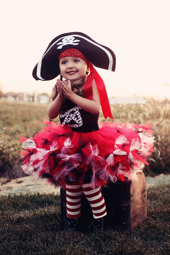 No Sew TuTu costumes for little girls - pirate costume