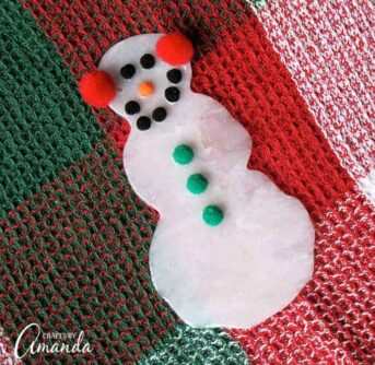 Make a snowman from glue!