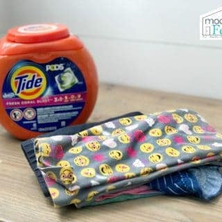 How To Get Stains Out Of White Clothes: Tide vs. My Grandmother's Baking Soda Hack