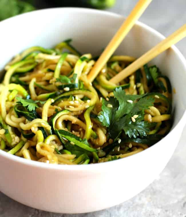 Vegan Asian Zucchini Noodles - plant based raw vegan recipe with zucchini noodles