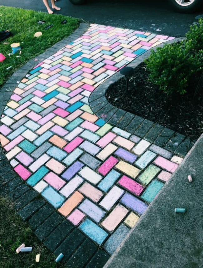 Sidewalk Chalk art bricks