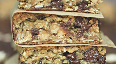 Peanut Butter Chocolate Chip Oatmeal Bar