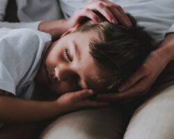 Children who don't have a regular bedtime behave worse & develop slower